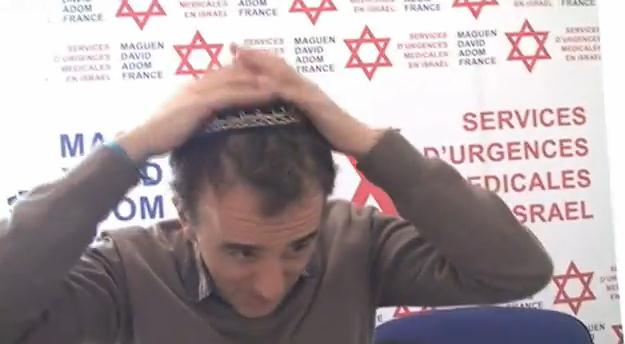 Elie Semoun jouera son spectacle pour la Croix-Rouge Israelienne  dans actu capture-plein-ecran-04062013-120859.bmp